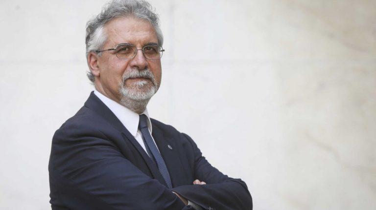 """Almoço-Debate com Prof. João César das Neves """"O propósito e a Doutrina Social Igreja""""."""